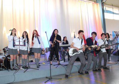 Alumnos deslumbran con sus talentos artísticos en Día de la Música 2018